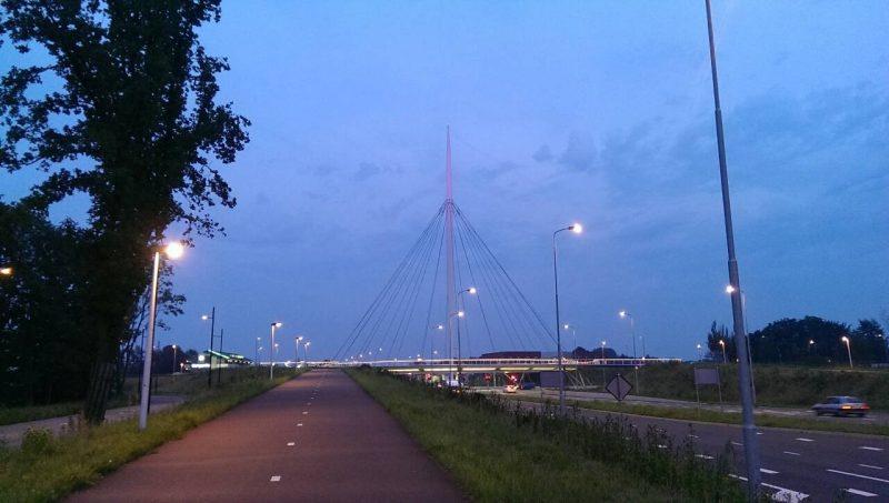 オランダ自転車道路